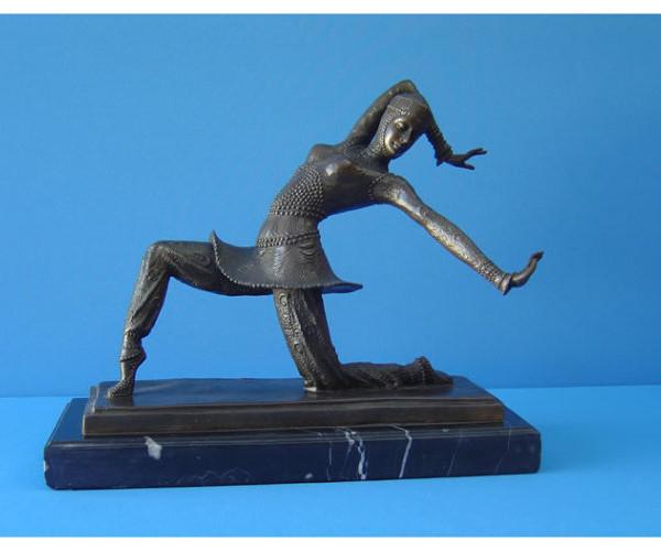 Art Deco – Bronze Dancer 650X500